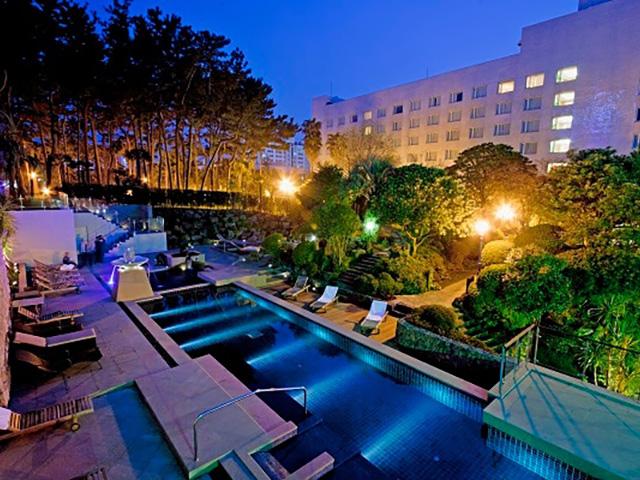 メゾングラッドホテル