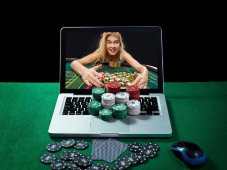 オンラインカジノは副業に最適なのか理由も含めて徹底解説