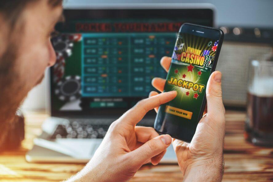 スマホアプリでサクサク遊べるオンラインカジノ