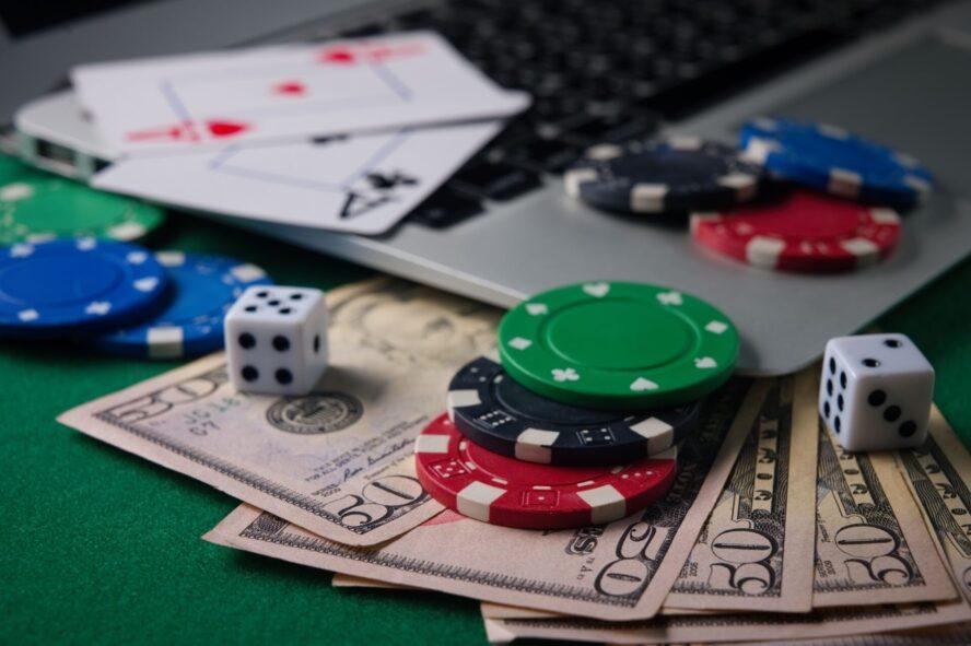 オンラインカジノの利益って換金できるの?方法と注意点を総まとめ!