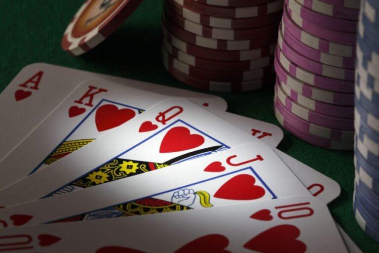オンラインカジノは果たして稼げるギャンブルなのか