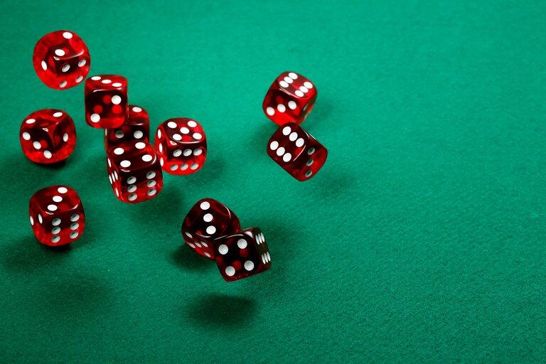 他のギャンブルのジャックポットと比較してみよう